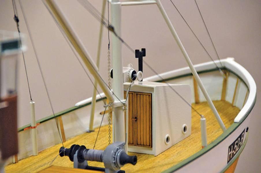 Follabuen fiskekutter V2. Lengde 750 mm. 1:25